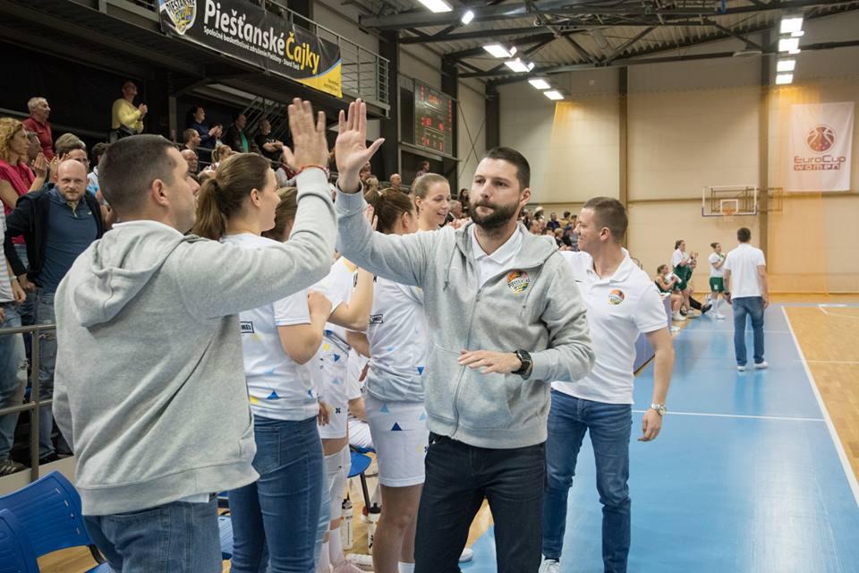Novým trénerom Piešťanských Čajok sa stal doterajší asistent Richard Kucsa