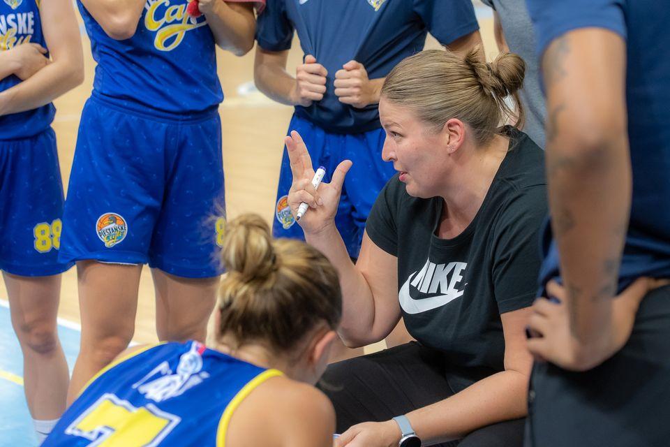 """Trénerka Čajok pred začiatkom sezóny: Byť mentálne odolný a pripravený  je niekedy viac, ako byť basketbalovo """"nadupaný""""."""